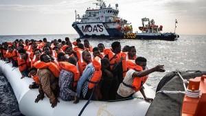 refugee support image 2