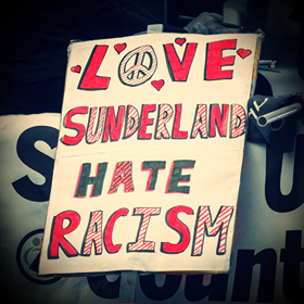 SU love sunlun hate racism