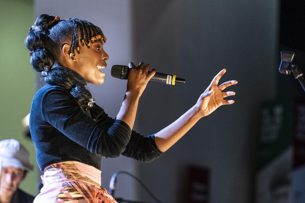 Shingai Shoniwa performance in IWM London Atrium for IWM Institute. Photographed 16th November 2020.